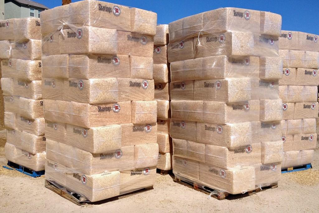 Bagged Pine Sawdust ~ Baghbs bag horsebedding shavings